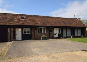 Thumbnail 4 bed property for sale in Poplars End, Park Road, Toddington, Dunstable