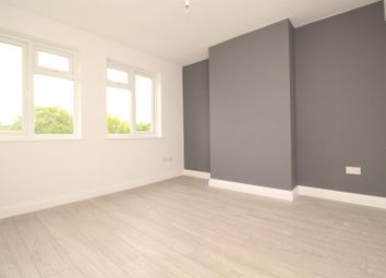 Thumbnail 2 bed flat to rent in Shenley Road, Borehamwood