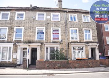 Thumbnail 1 bed flat to rent in Ashburnham Road, Bedford
