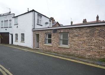 1 bed flat to rent in Royal Crescent Lane, Scarborough YO11