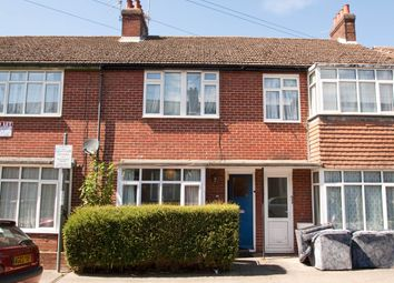 5 bed property to rent in St Martin's Road, Canterbury, Kent CT1