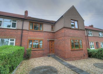 Batley Road, Alverthorpe, Wakefield WF2. 3 bed semi-detached house