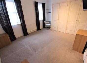 Room to rent in Brunel Road, London SE16