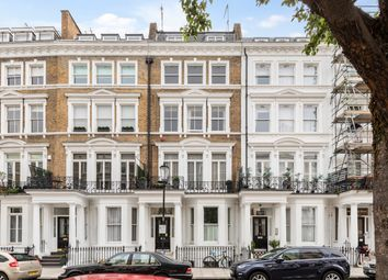 Thumbnail 4 bed flat for sale in Collingham Place, London