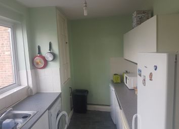 Thumbnail Room to rent in Chase Side, Southgate