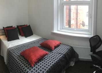 Room to rent in Room 5, 105 Wingrove Avenue, Fenham NE4