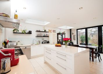 Thumbnail 4 bed terraced house to rent in Kempe Road, London