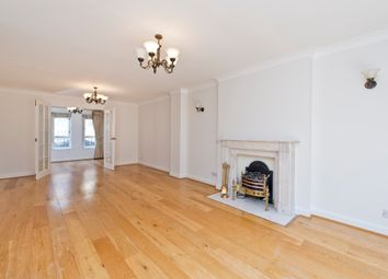 Thumbnail 4 bed flat to rent in Spencer Walk, Hampstead, London