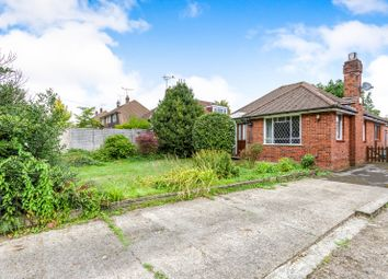 Thumbnail 2 bed bungalow to rent in Park Lane, Cowplain, Waterlooville