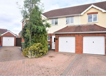 Thumbnail 3 bed terraced house for sale in Gleneagles, Waltham