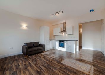 Thumbnail 2 bedroom flat to rent in Hillside House, North Finchley, London