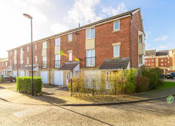 Thumbnail 5 bed town house for sale in Hartford Court, Heaton, Newcastle Upon Tyne
