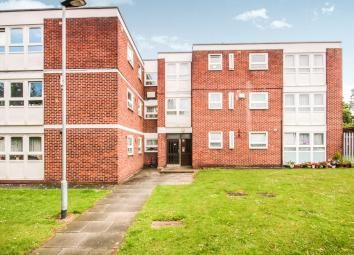 Thumbnail 1 bedroom flat to rent in Thornhill Gards, Barking