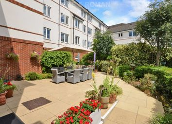 1 bed flat for sale in Clifton Park Avenue, London SW20