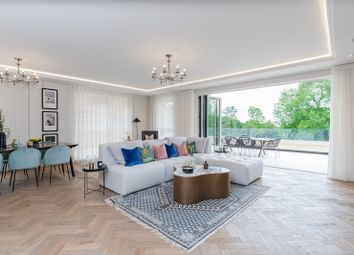 The Drive, Ickenham UB10. 2 bed flat for sale