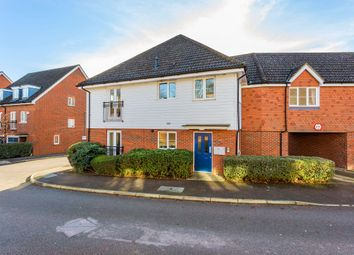 Thumbnail 2 bed flat for sale in Albion Way, Edenbridge