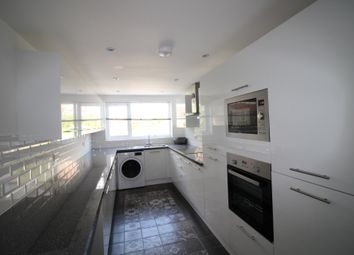 Thumbnail 6 bed terraced house to rent in Beatrice Road, Southsea