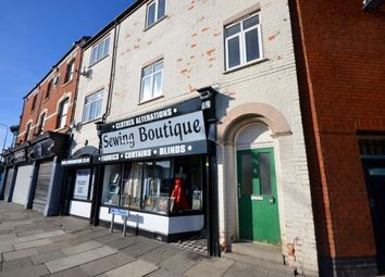 2 bed flat to rent in High Street, Cleethorpes DN35