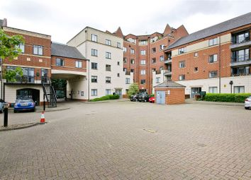 Thumbnail 6 bed flat to rent in 3 Manor Gardens, London