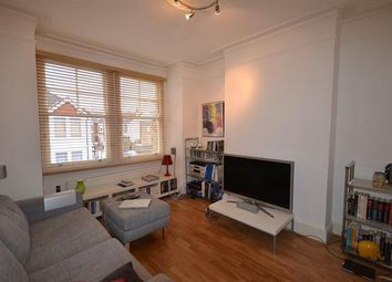 2 bed flat to rent in Bollo Lane, Chiswick W4