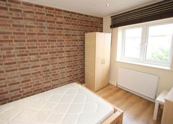 Thumbnail Room to rent in Venue Street, Bow, London