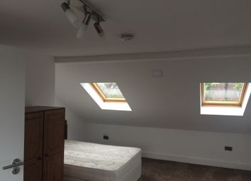 Thumbnail 2 bed flat to rent in Kempton Road, East Ham