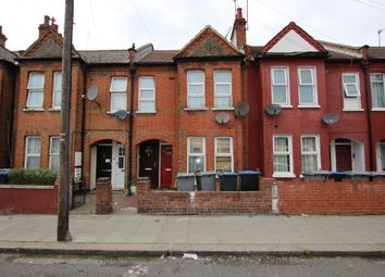 Chapter Road, London NW2. 2 bed flat