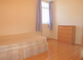 Thumbnail Room to rent in Coburg Crescent, London
