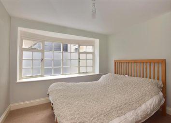 Stewards Inn Lane, Lewes, East Sussex BN7. 2 bed link-detached house