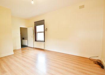 Thumbnail 2 bedroom flat to rent in East Barnet Road, Barnet