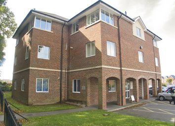 Thumbnail 2 bedroom flat to rent in Avenue Road, Lymington