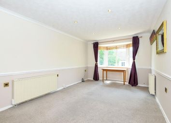 Thumbnail 1 bedroom flat for sale in Ferndale Court, Thatcham