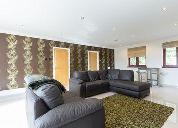 Chasewood Park, Sudbury Hill, Harrow HA1. 3 bed flat
