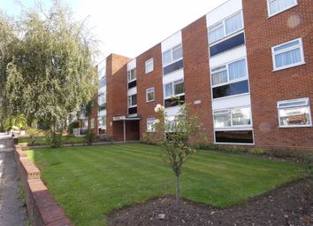2 bed flat for sale in Hale Lane, Edgware HA8