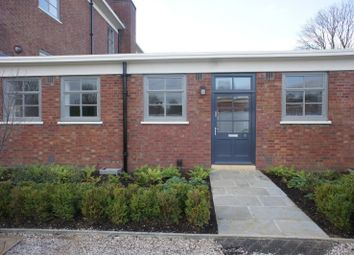 Thumbnail 2 bed flat to rent in Building 20, Bicester