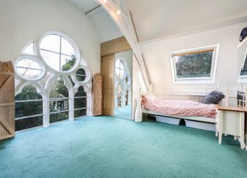 4 bed mews house for sale in Fairfield Road, Bromley BR1