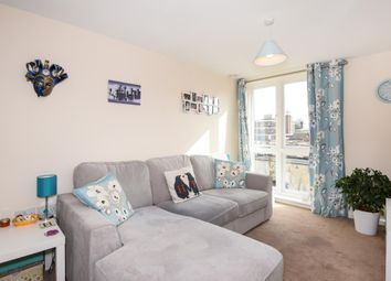 Thumbnail 2 bed flat to rent in Witney, Witney