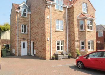 Thumbnail 2 bed flat to rent in Main Street, Willerby, Hull