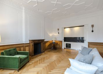 Thumbnail 2 bedroom flat to rent in Palace Court, London