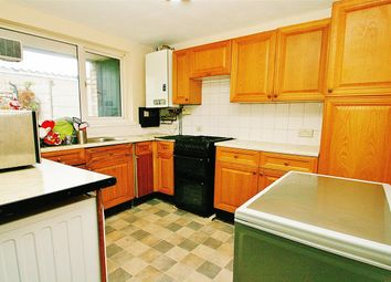 Thumbnail 4 bed town house to rent in Balmoral Drive, Hayes