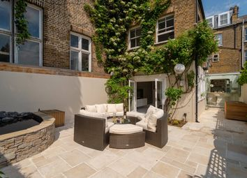 Thumbnail 2 bed detached house for sale in Stoneleigh Place, London