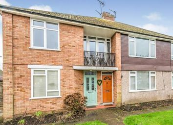 Coniston Court, Coniston Way, Chessington KT9. 2 bed maisonette