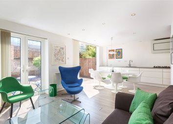 Thumbnail 3 bed mews house for sale in St. Pauls Mews, London