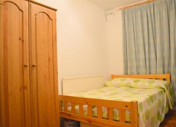 Thumbnail 2 bed flat to rent in Stanmore House, Union Grove, Stockwell