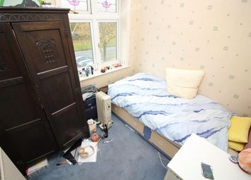 Thumbnail 1 bed property to rent in Oxford Road, Tilehurst, Reading
