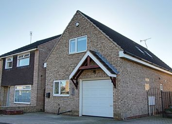 Thumbnail 2 bedroom detached house to rent in Birkdale Avenue, Dinnington, Sheffield