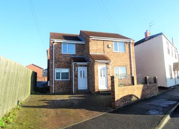 Thumbnail 2 bed flat to rent in Wellington Street, Wakefield