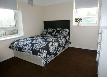 Room to rent in Bredel House, Mile End / Bow E14