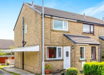 Thumbnail 2 bed town house for sale in Natty Fields Close, Illingworth, Halifax