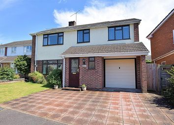 Thumbnail 4 bed detached house for sale in Love's Close, Burghfield Common, Reading